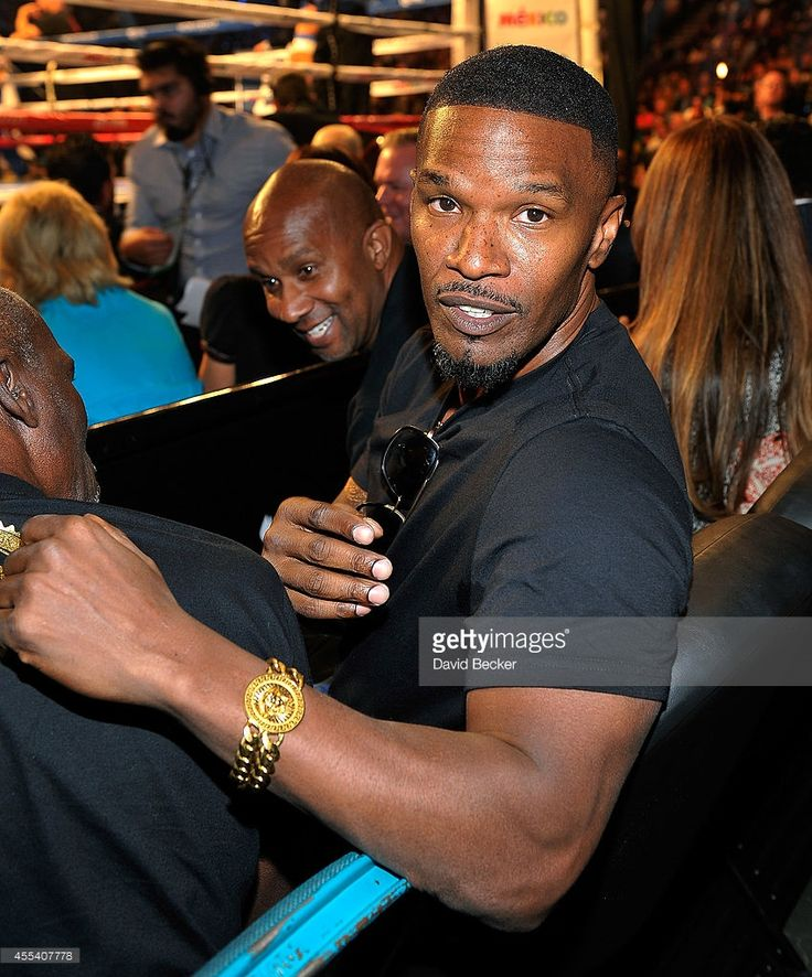 Actor Jamie Foxx attends Showtime's 'Mayhem: Mayweather vs. Maidana 2' at the MGM Grand Garden Arena on September 13, 2014 in Las Vegas, Nevada.