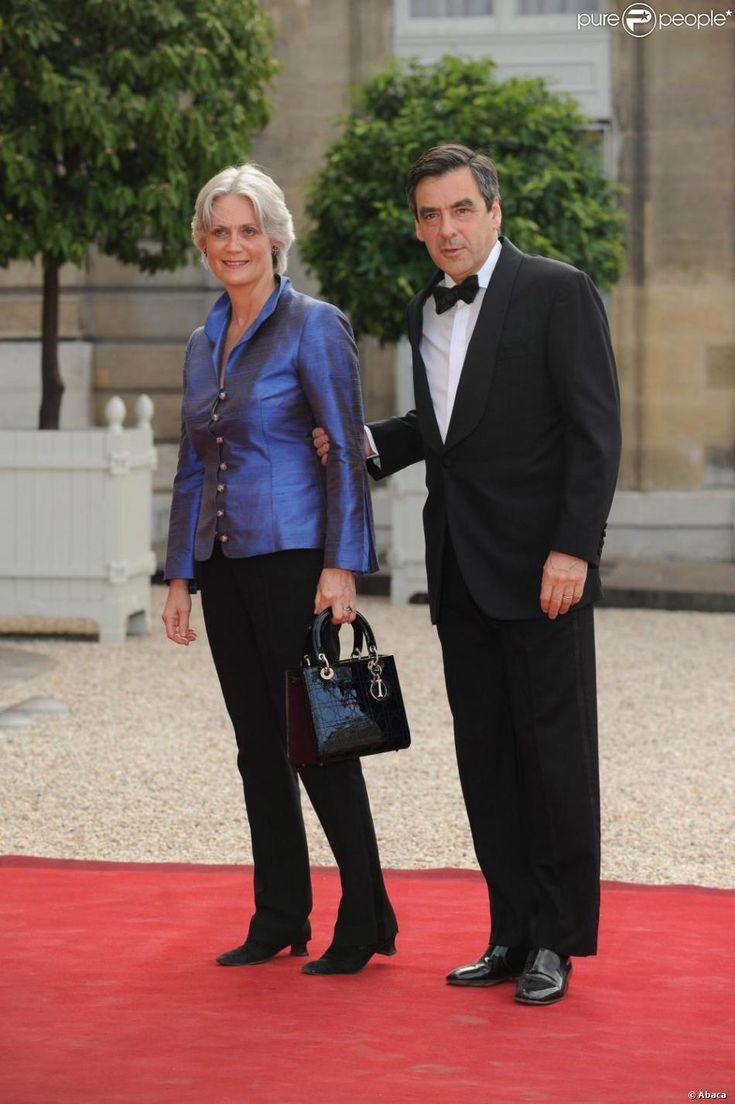 Francois Fillon et son épouse Penelope arrivent au dîner d'Etat de l'Elysée, une grande réception !