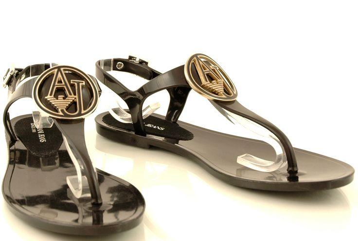 http://zebra-buty.pl/model/5242-sandaly-armani-jeans-a55f0-62-12-nero-2051-084