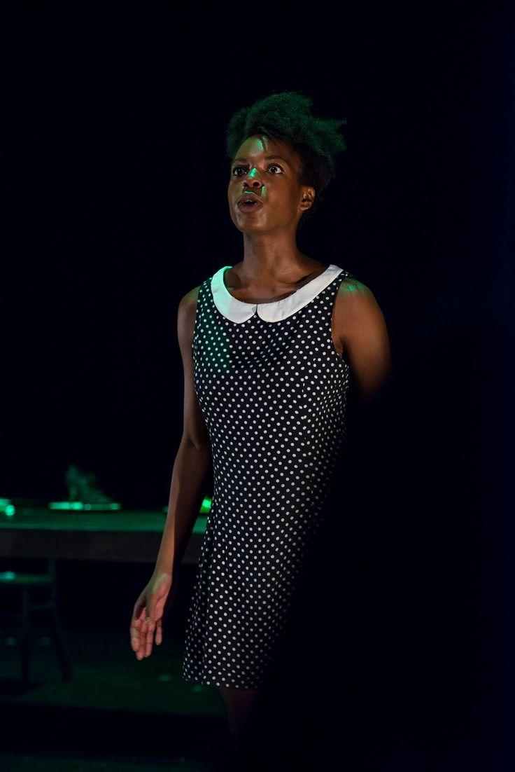 """Festival d'Avignon: la pièce """"Elle(s)"""" de Sylvie Landuyt a séduit le public au Théâtre des Doms  #festival #avignon #FDA15 #theatre #danse #doms #Landuyt"""