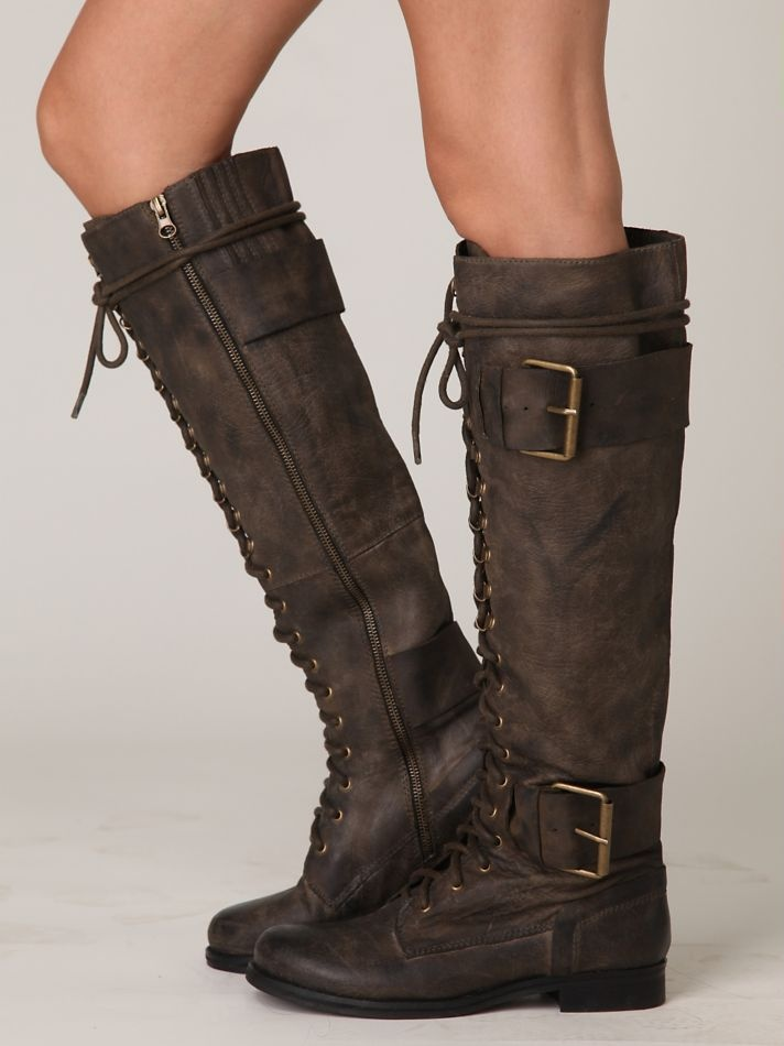 brown? buckles? lacing? knee high? zipper? oh, ok. don't mind if I do.