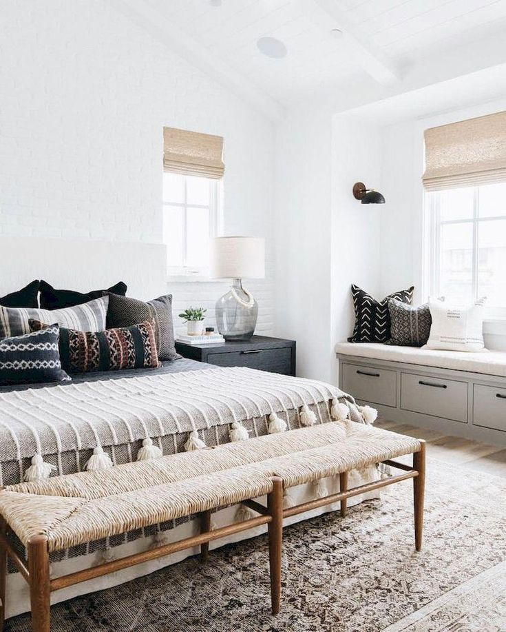 Rustic Pine Toung And Groove Interior Design: Rustic Bedroom En 2019