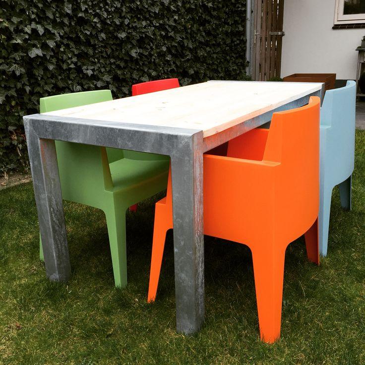 #tuintafel #handmade #gegalvaniseerd #design #steigerhout #outdoor #tekoop