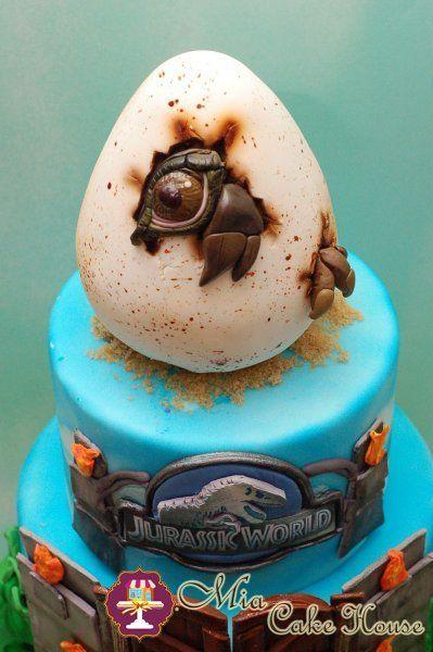 Jurassic World Cake by Mia Cake House