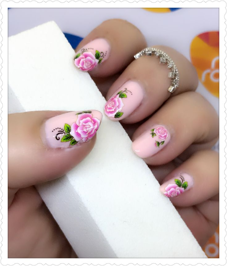 Pastel pink with roses nailart using water transfer decals. Products used - Nicole by OPI 'Do good...feel good' and water transfer decal 'A028'