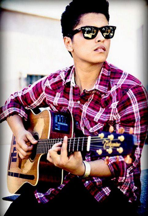 Bruno Mars... In love