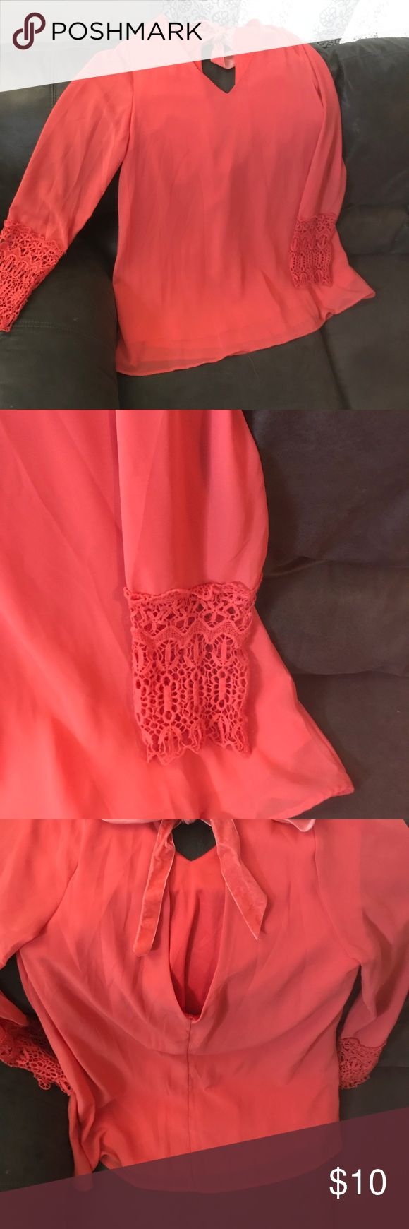 Umgee chiffon trapeze dress Coral. V-neck. Deep-V drop back. Velvet bow closure at the top of the back. Light wear. Great condition! Umgee Dresses Long Sleeve