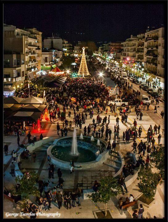 Χριστούγεννα 2013 στηνΚαλαμάτα Μεσσηνίας ~ Christmas 2013 at Kalamata of Messinia φωto by George Tserefos