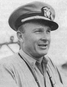 """Eddie Albert (né Edward Albert Heimberger) (1906-2005) Lt. US Navy Reserve 1942-45 WW II. Before the war toured Mexico as high-wire artist while secretly spying on German U-Boats in Mexican harbors for U.S. Army Intelligence. In 1942 joined the Navy and in 1943 was commissioned a Lt. in the Navy Reserve. Earned a Bronze Star w/Combat """"V"""" during the invasion of Tarawa 1943, when he rescued 47 Marines while under heavy enemy machine-gun fire. In many movies & co-star of CBS """"Green Acres""""…"""