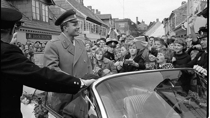 Gagarin visits Hans Christians birth place in Odense.