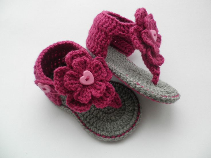 Crochet baby sandals, baby gladiator sandals, baby booties, baby shoes. £6.50, via Etsy.