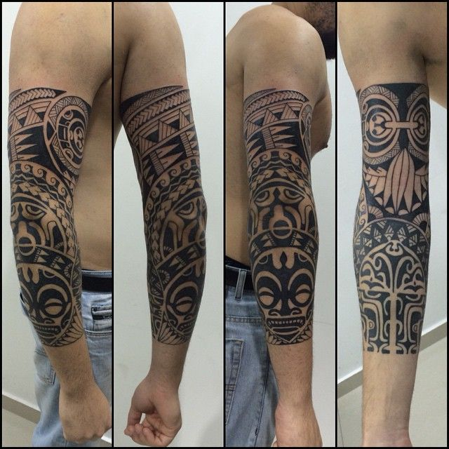 Fechamento de meio braço. Cliente de Campinas. Total de 5 sessões. #maoritattoo #maori #polynesian #tattoomaori #polynesiantattoos #polynesiantattoo #polynesia #tattoo #tatuagem #tattoos #blackart #blackwork #polynesiantattoos #tribal #guteixeiratattoo #goodlucktattoo #tiki #tikitattoo