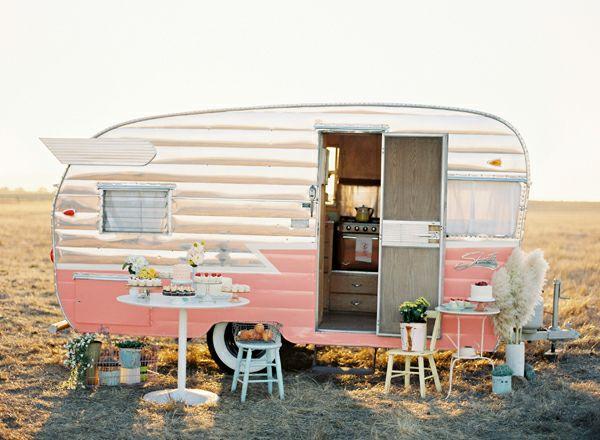 Pink CaravanVintage Trailers, Vintage Caravan, Dreams, Camps, Pink, Roads Trips, Cupcakes Rosa-Choqu, Happy Campers, Vintage Campers