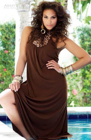 0b09978429564 Beautiful plus-size fashion - Marquita Pring.jpg