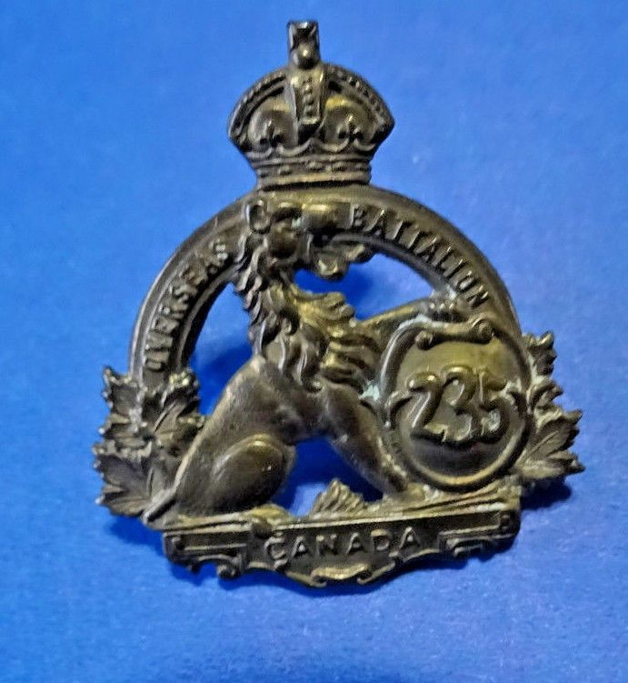 WW1 CEF 235  Battalion  Durham County Collar Badge