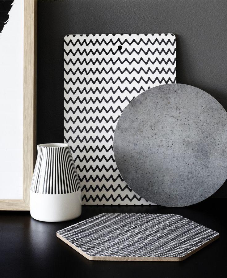 D jak DESIGN-dom, wnętrze, lifestyle: Stylowe, czarno-białe deski do krojenia