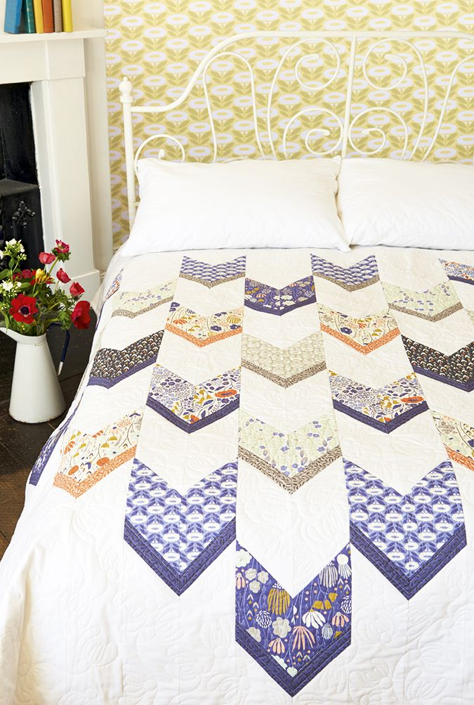 Morning Song Quilt by Elizabeth Olwen for Issue 20 of Love Patchwork & Quilting magazine