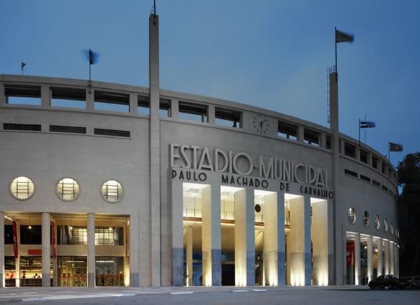 Museu do futebol. Praça Charles Miller, s/n (Pacaembu), 3664-3848, museudofutebol.org.br. R$ 6,00 (grátis às quintas). Cc: A, D, M, V; Cd: M, R, V. 3ª a domingo, das 9h às 18h (bilheteria até 17h) - o horário pode mudar em dia de jogo. JUEVES
