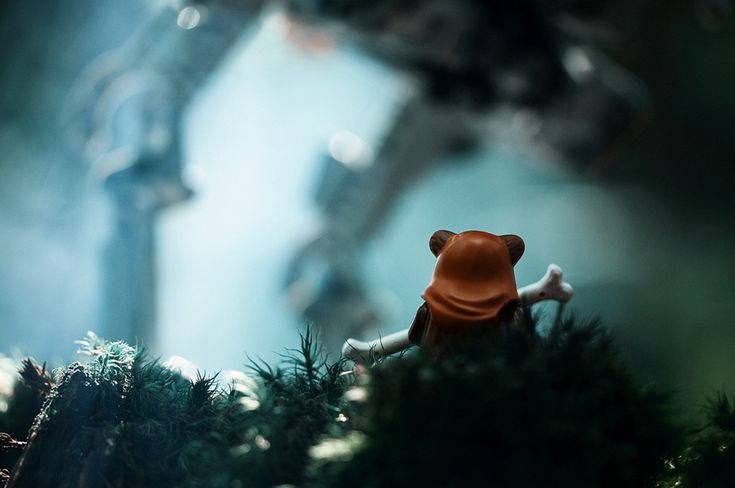 Here's a collection of incredibly stunning Star Wars toy photography, that were created by Photographer Avanaut. Each picture has a great sense of motion to it as well.: Starswars, Artists, Lego Star Wars, Lego Stars Wars, Toys Art, Kids, Lego Photography, Starwars, Wars Photography