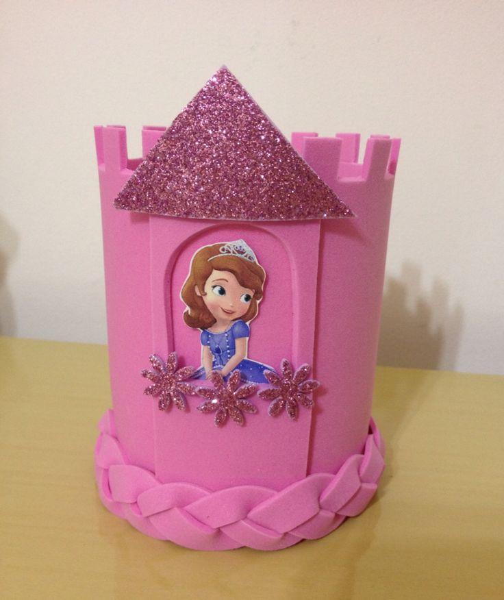 Resultado de imagem para centro de mesa princesa sofia em feltro