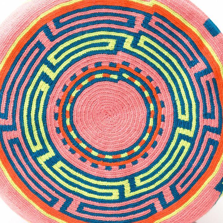 Hermosa Wayuu Mochila | WAYUU TRIBE – WAYUU TRIBE | AUTHENTIC HANDMADE WAYUU MOCHILA BAGS www.wayuutribe.com