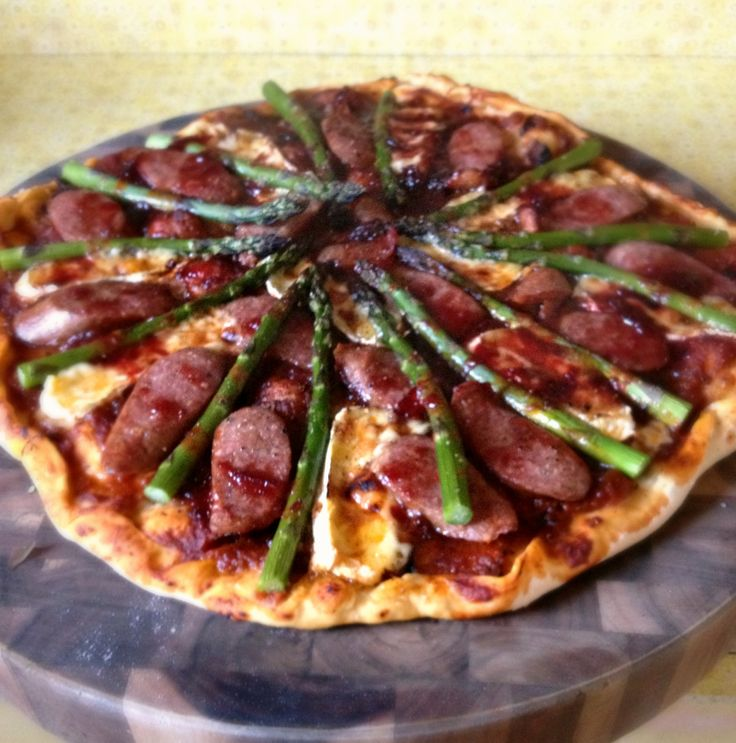 Pizza - Smoked cabanossi, camembert, fresh asparagus with plum sauce