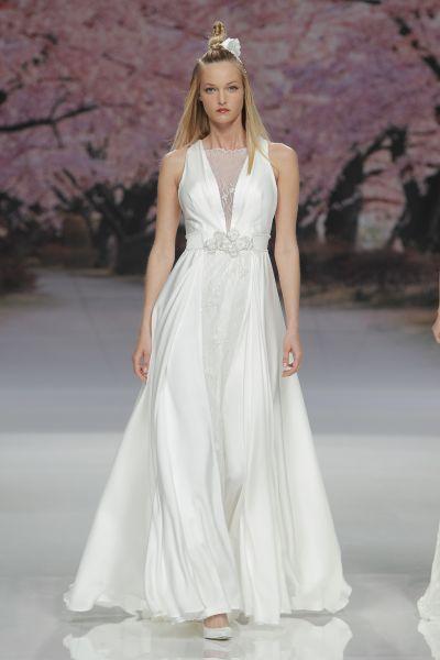 Vestidos de novia para mujeres con mucho pecho 2017: Diseños que te harán lucir fantástica Image: 20