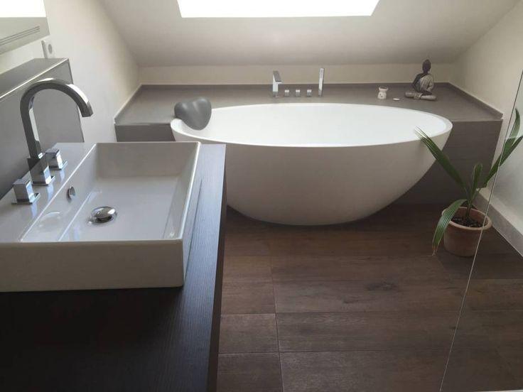 Einbau Dokumentation Eines Badeloft Kunden Anhand Der Freistehenden  Badewanne BW 04: Modern