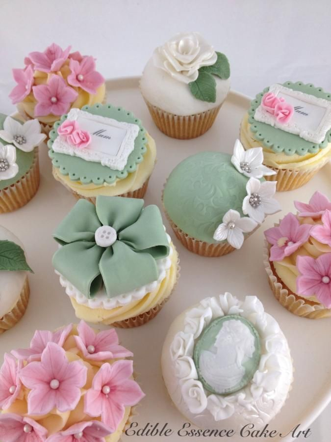 Vintage Mothers Day Cupcakes