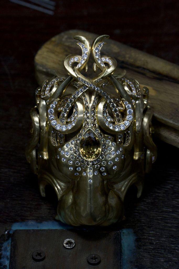 Lion Jewellery - Vivienne Becker