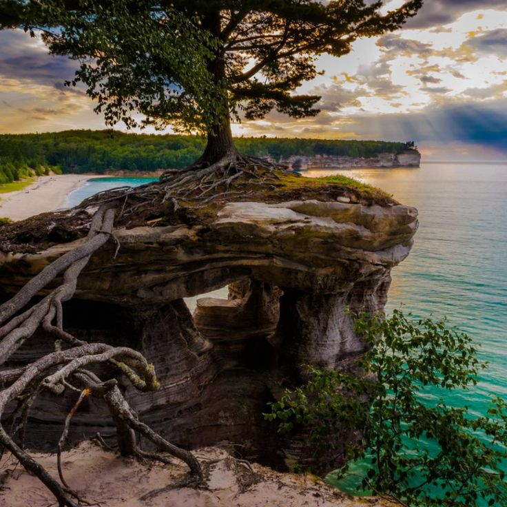 Best hiking spots by state: Chapel Trail Mosquito Falls Loop, Munising, Michigan  <p>This 9.7-mile loop at Pictured Rocks National Lakeshore (on Michigan's less populated Upper Peninsula) meanders along high sandstone cliffs and offers spectacular views of Chapel Falls and Chapel Beach—some of the state's most scenic spots. Don't miss the close-up view of Chapel Rock, a large, standalone rock formation with a single large tre...
