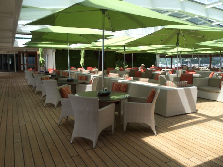 Crystal Cruises - Crystal Symphony, Outside deck seating area