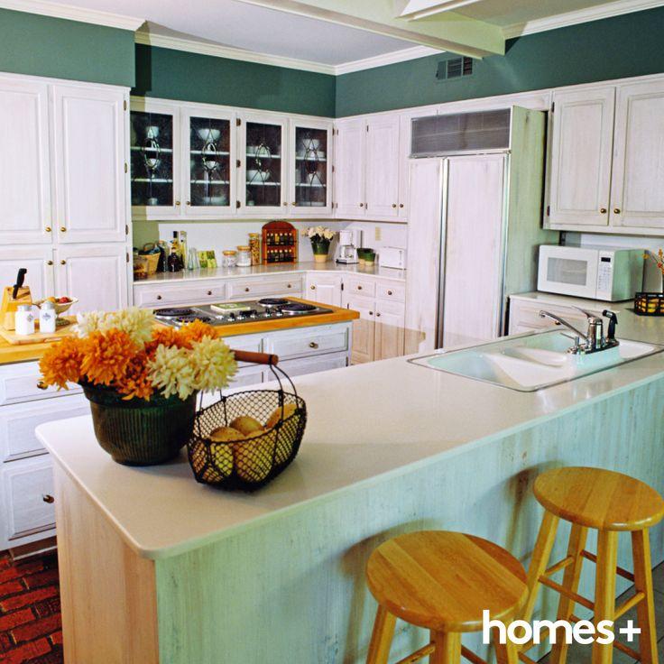 #beach #style #kitchen #beachy #benchtop #stool #basket #sink #timber #pantry #vase #interior #design #decor #homesplusmag