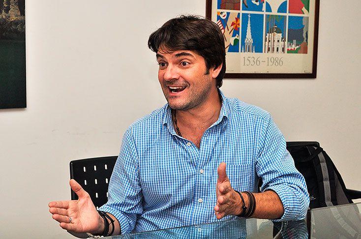"""""""Internet amplifica los pequeños negocios"""": especialista en marketing online - diario El Pais"""