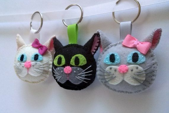 Cat keychain - white or black cat - Muri and Maca - black brown white silver grey wool felt keychain