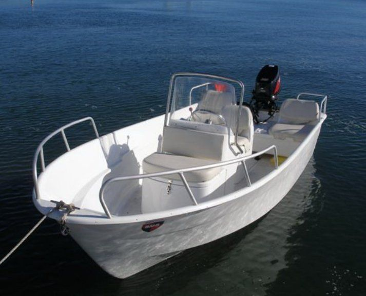 27 best customizing my fishing boat images on Pinterest  : aa5ac25f8dd3edb5f43c2a60fa9f2f5a center console boats small boats from www.pinterest.com size 713 x 576 jpeg 52kB