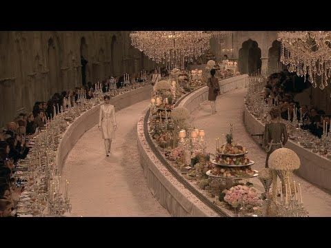 CHANEL Paris-Bombay Métiers d'Art 2011/12 Show trailer, dining table