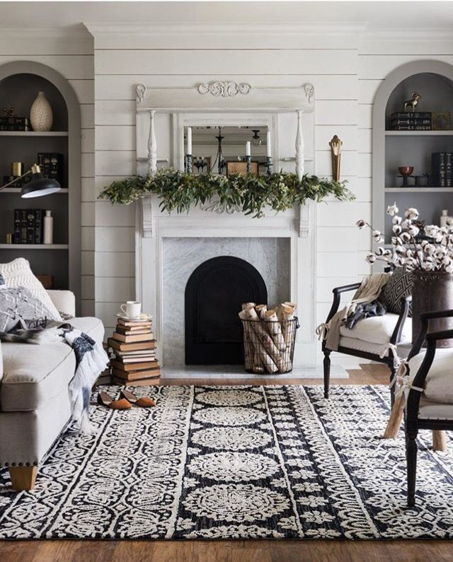 This rug is stunning!