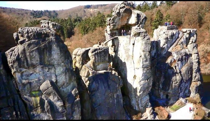 Romania Megalitica: Externsteine, Deutschland. Un complex megalitic misterios, de exceptie. Un grandios sanctuar religios păgân, crestinat ulterior