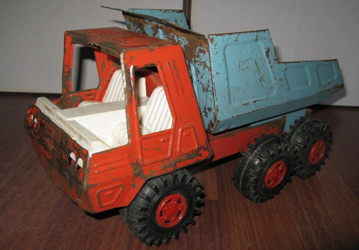 RARE OLD RUSSIAN USSR SOVIET VINTAGE TIN TOY CAR TRUCK