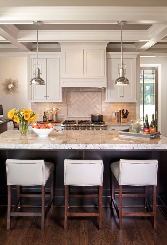 Walls: Revere Pewter Cabinet Color: BM White Dove Tile: Grey Crackle Subway Tile, Jeffrey Court Wexford 17601