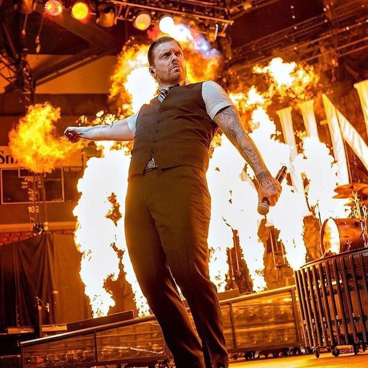 #Repost #Shinedown: ... @thebrentsmith  Did I leave the oven on??? #brentsmith