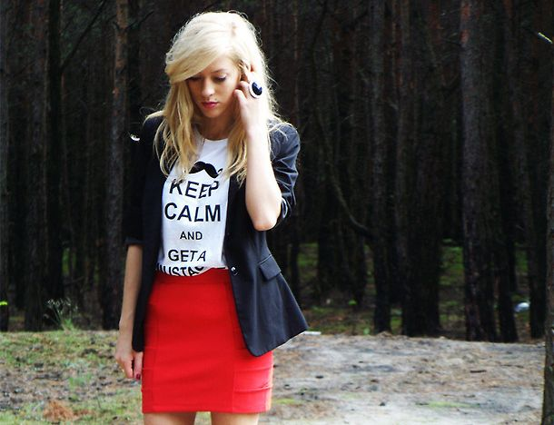 red-bodycon-skirt