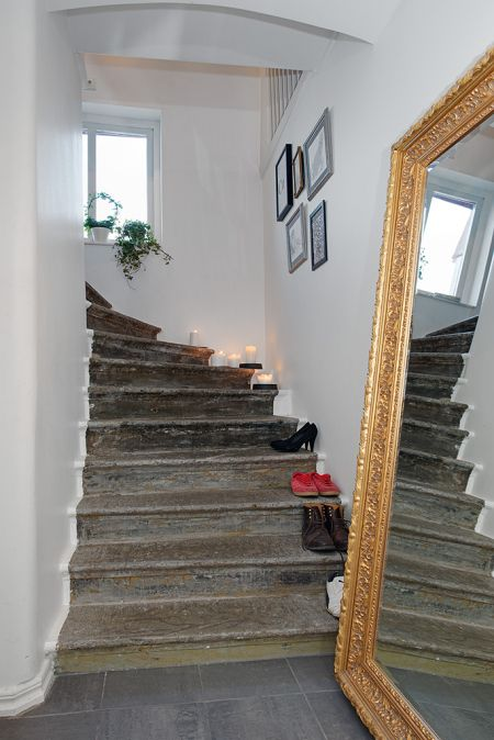 17 best images about organize   entryway & stairs on pinterest