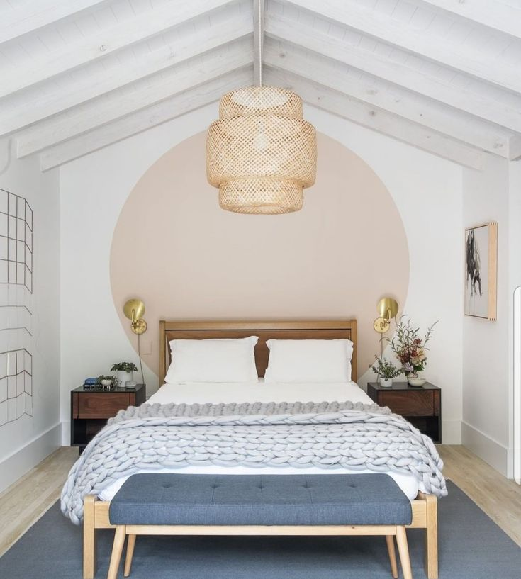 Accent wall paint circle You are in the right place about wallpaper accent wall trees Here we offer Home Bedroom, Bedroom Decor, Bedroom Ideas, Bedrooms, Wall Decor, Accent Wall Bedroom, Accent Walls, Bed Wall, Deco Design