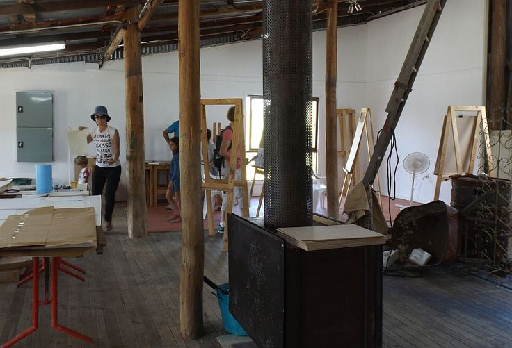 The Big Draw activities in the Woolshed. Open Day Saturday 25 October 2014 at Strathnairn Arts.