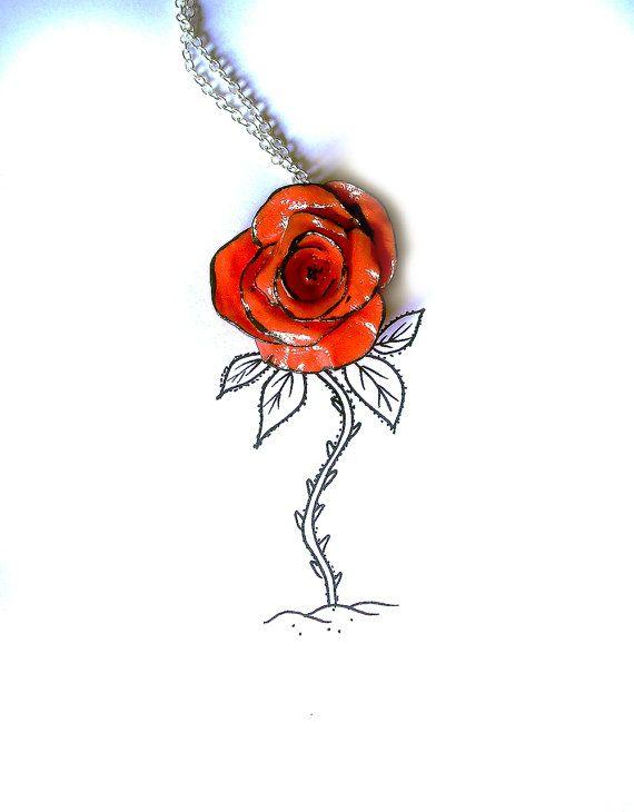 Rosa rossa collana con tratto nero realizzata interamente a mano in porcellana fredda e dipinta a mano