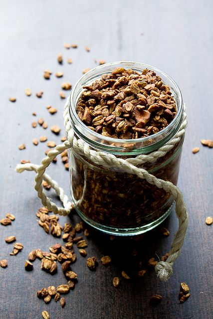 Coffee & Chocolate Granola?  My brain just exploded in excitement. // My Kitchen Affair