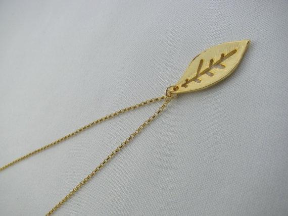 Leaf Necklace Leaf Pendant Gold filled Celebrity by MonyArt, $24.80