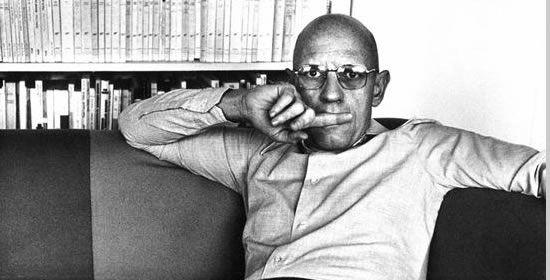Michel Foucault (1926-1984). Link de 28 libros gratis de Foucault, el teórico del poder.